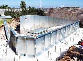 Piscine prefabbricate in acciaio cheminfaisant - Costo piscina interrata prefabbricata ...